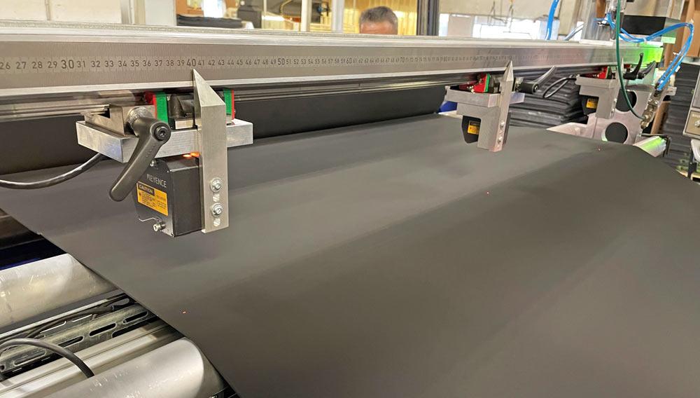 Spaltmaschine mit optischem Dickenmessgerät