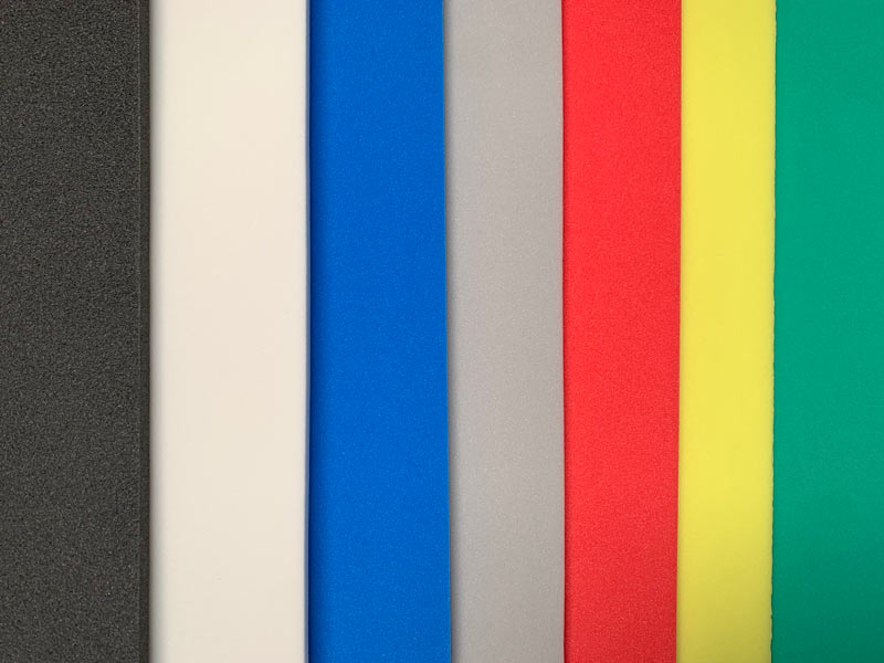 PE-Schaum in unterschiedlichen Farben